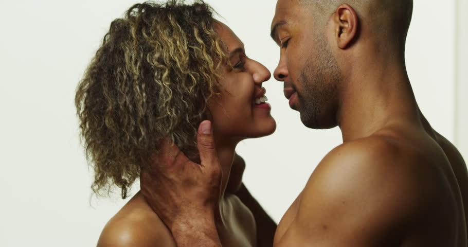 [Sexo] Cunnilingus : 4 raisons pour convaincre Monsieur de faire ça !