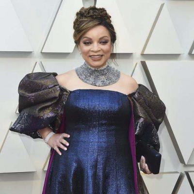 Ruth Carter sur le tapis rouge des Oscars